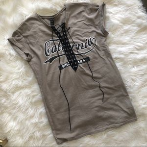 'California' Lace-Up T-shirt ✨